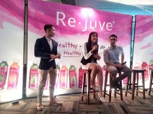Zivanna Letisha dan Argareza menjelaskan tentang program makan sehat 3R dari Re.juve (foto dok.pribadi)